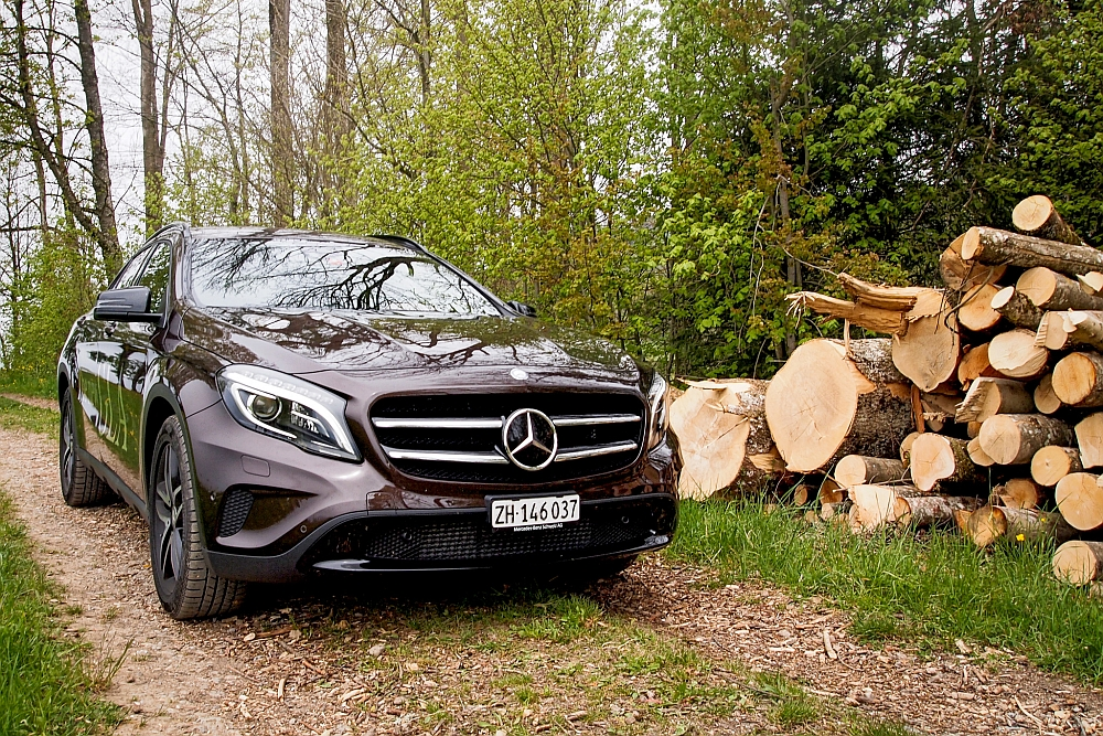 mercedes benz gla 220 testdriver experience. Black Bedroom Furniture Sets. Home Design Ideas