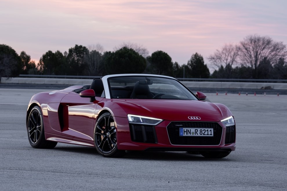 audi r8 rapport de test pour le plaisir de conduire. Black Bedroom Furniture Sets. Home Design Ideas