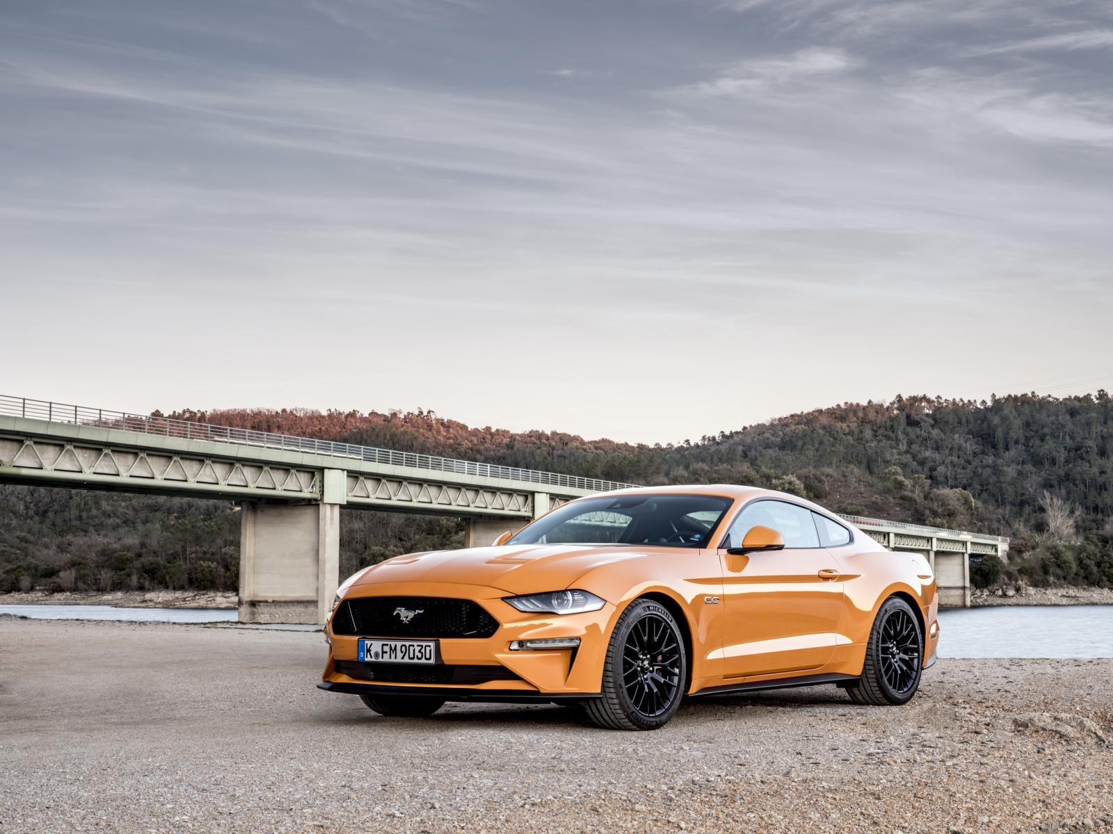 Photo gallery ford mustang 5 0 v8 fastback