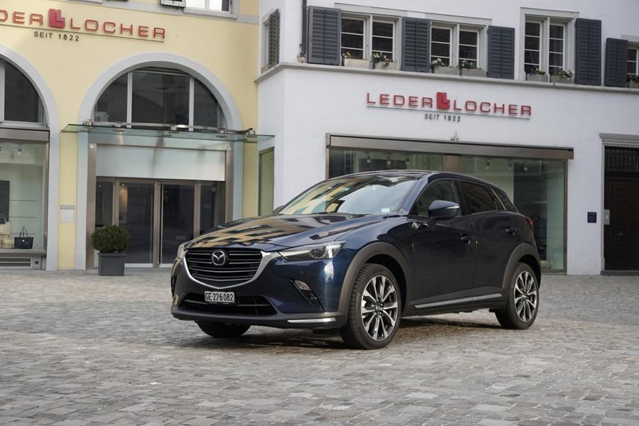 Mazda CX-3 (2019) 01 (Medium).JPG