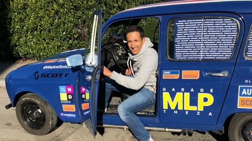 Da Flamatt a Marrakech alla guida di una leggendaria Renault 4L carica di materiale scolastico e sportivo