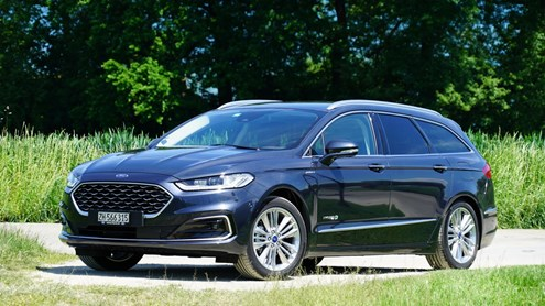 FORD MONDEO - Une alternative économique au diesel