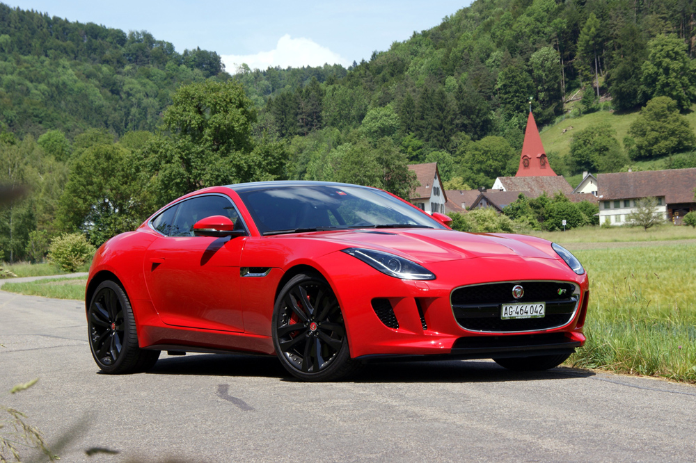 jaguar f type jaguar f type r coup 2014 im test. Black Bedroom Furniture Sets. Home Design Ideas