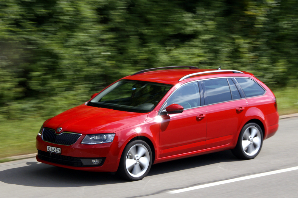 skoda octavia skoda octavia combi rs tdi 4x4 au test 2016. Black Bedroom Furniture Sets. Home Design Ideas