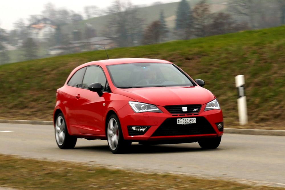 seat ibiza seat ibiza sc cupra 2013 im test. Black Bedroom Furniture Sets. Home Design Ideas