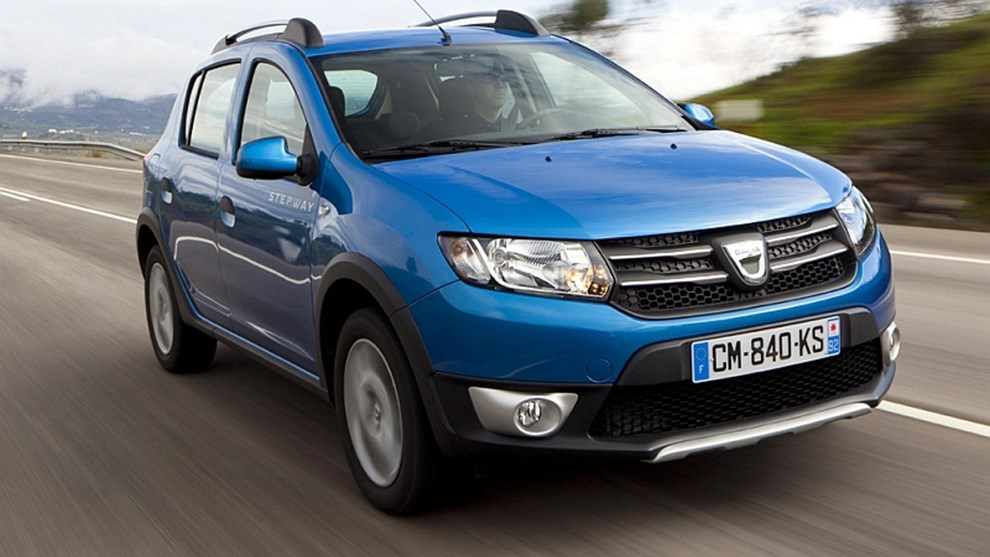 dacia sandero dacia sandero 2013 au test. Black Bedroom Furniture Sets. Home Design Ideas